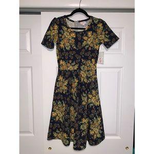 Lularoe Amelia Floral Zipper dress Small NWT